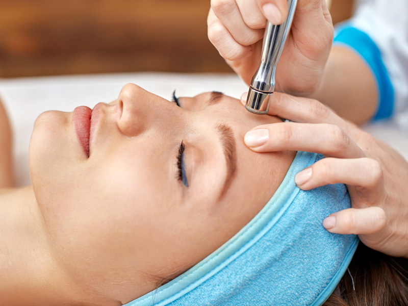 The-Benefits-of-Diamond-Microdermabrasion